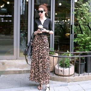 Dresses & Skirts - Leopard Chiffon Max Skirt Pleats Long Nice Quality